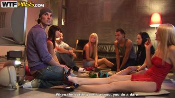 Эмми (Emmy), Каролина (Carolina), Логан (Logan) и Милия (Milia) устроили дружную секс-вечеринку №1